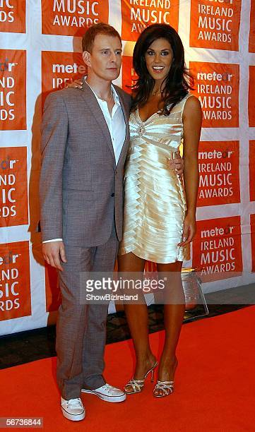 Model Glenda Gilson and Patrick Kielty attend The Meteor Ireland Music Awards 2006 the annual radio station awards recognising the bestselling...