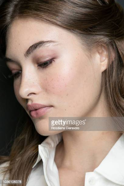 Model Grace Elizabeth is seen backstage ahead of the Alberta Ferretti show during Milan Fashion Week Spring/Summer 2019 on September 19 2018 in Milan...