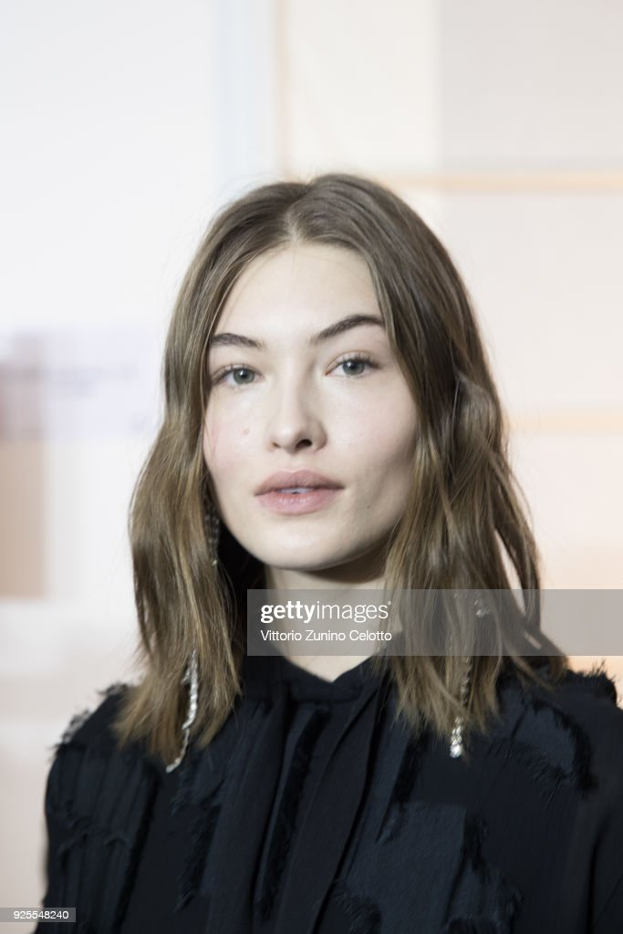 H&M : Backstage - Paris Fashion Week Womenswear Fall/Winter 2018/2019