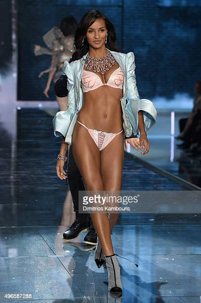 Model Gracie Carvalho from Brazil walks the runway during the 2015 Victoria's Secret Fashion Show at Lexington Avenue Armory on November 10 2015 in...