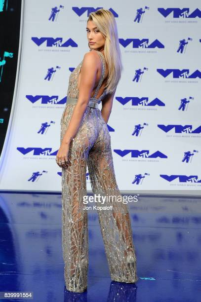 Model Hailey Baldwin attends the 2017 MTV Video Music Awards at The Forum on August 27, 2017 in Inglewood, California.