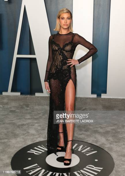 Model Hailey Bieber attends the 2020 Vanity Fair Oscar Party following the 92nd Oscars at The Wallis Annenberg Center for the Performing Arts in...