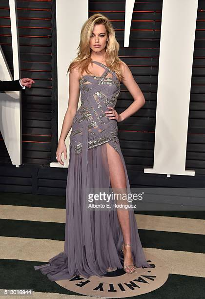 Model Hailey Clauson attends the 2016 Vanity Fair Oscar Party hosted By Graydon Carter at Wallis Annenberg Center for the Performing Arts on February...