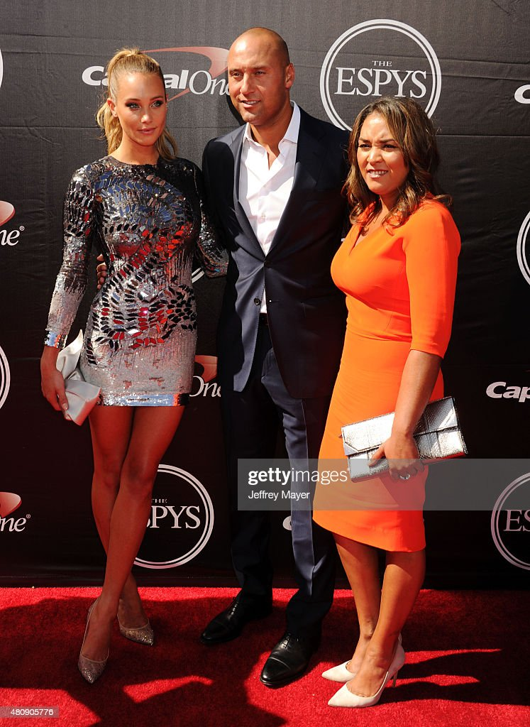 Model Hannah Davis, former MLB player Derek Jeter and Sharlee Jeter arrive at the The 2015 ESPYS at Microsoft Theater on July 15, 2015 in Los Angeles, California.