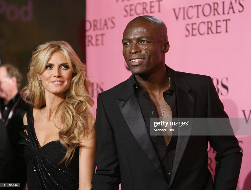 Model Heidi Klum and husband Seal arrives at The 2007 Victoria's Secret Fashion Show held at Kodak Theater on November 15, 2007 in Hollywood, California.