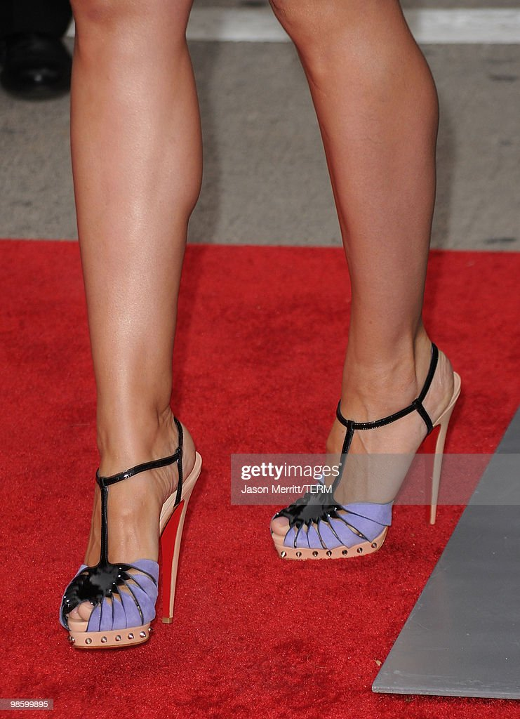 Model Heidi Klum arrives at the premiere of CBS Films' 'The Back-up Plan' held at the Regency Village Theatre on April 21, 2010 in Westwood, California.