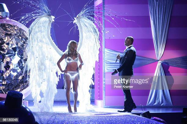Model Heidi Klum walks the runway as her husband sing Seal performs at The Victoria's Secret Fashion Show at the 69th Regiment Armory November 9 2005...