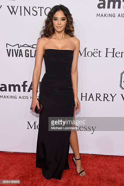Model Heidy De la Rosa attends 2016 amfAR New York Gala at Cipriani Wall Street on February 10 2016 in New York City