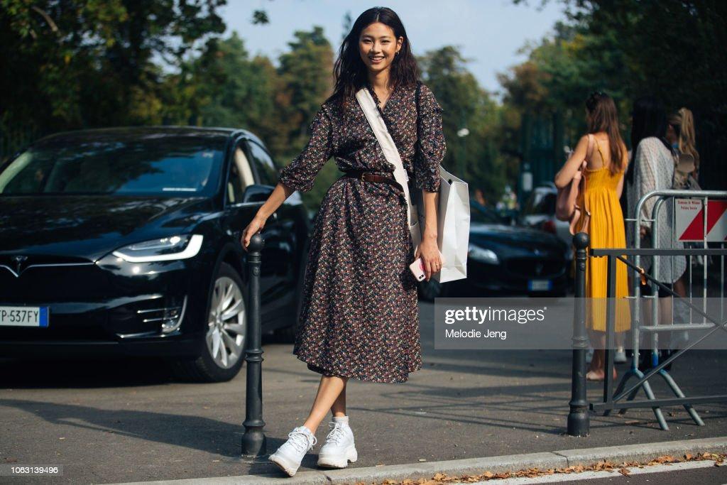 Street Style: September 22 - Milan Fashion Week Spring/Summer 2019 : Photo d'actualité