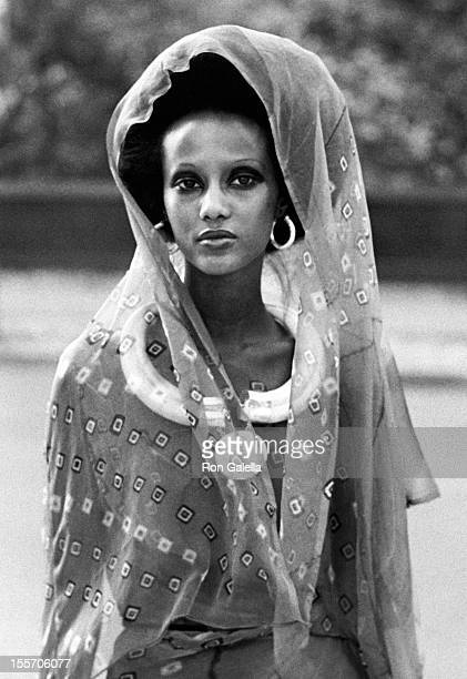 Model Iman attending the press conference introducing Iman on October 15 1975 at Peter Beard's home in New York City