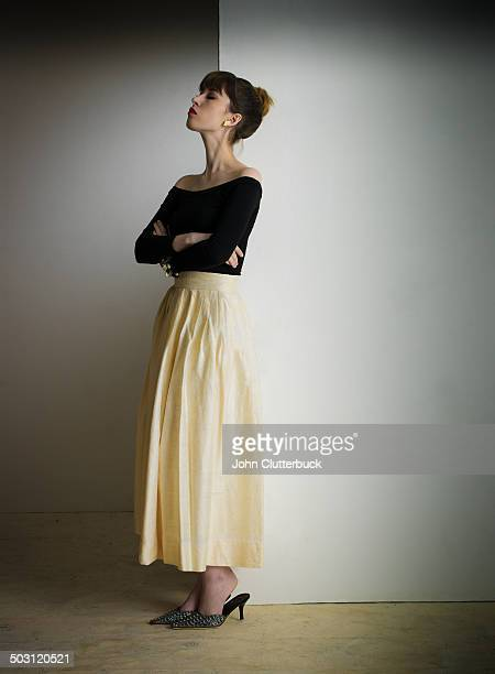 model in cream shantung silk skirt - cream coloured stock pictures, royalty-free photos & images