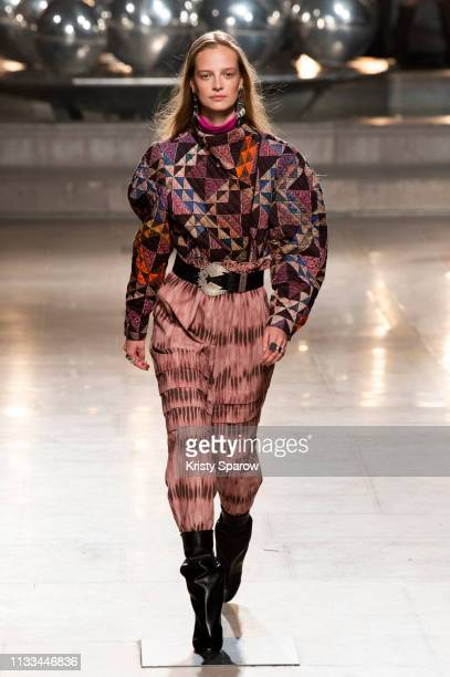 Model Ine Neefs walks the runway during the Isabel Marant show as part of Paris Fashion Week Womenswear Fall/Winter 2019/2020 on February 28 2019 in...