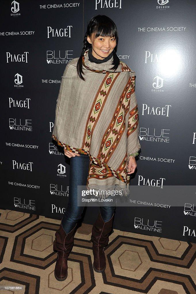"The Cinema Society & Piaget Host A Screening Of ""Blue Valentine"" - Arrivals : Fotografía de noticias"