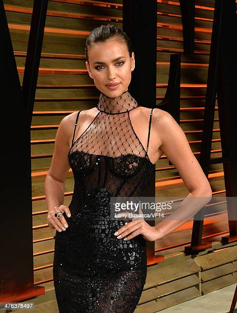 Model Irina Shayk attends the 2014 Vanity Fair Oscar Party Hosted By Graydon Carter on March 2 2014 in West Hollywood California