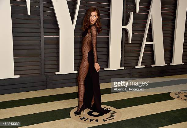 Model Irina Shayk attends the 2015 Vanity Fair Oscar Party hosted by Graydon Carter at Wallis Annenberg Center for the Performing Arts on February...