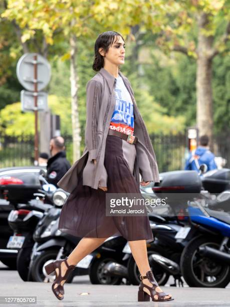 Model is seen at the Palais de Tokyo prior the Chloe Womenswear Spring/Summer 2021 show as part of Paris Fashion Week on October 01, 2020 in Paris,...
