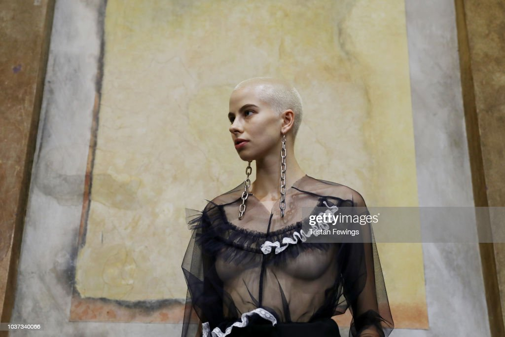 Act n.1 - Backstage - Milan Fashion Week Spring/Summer 2019