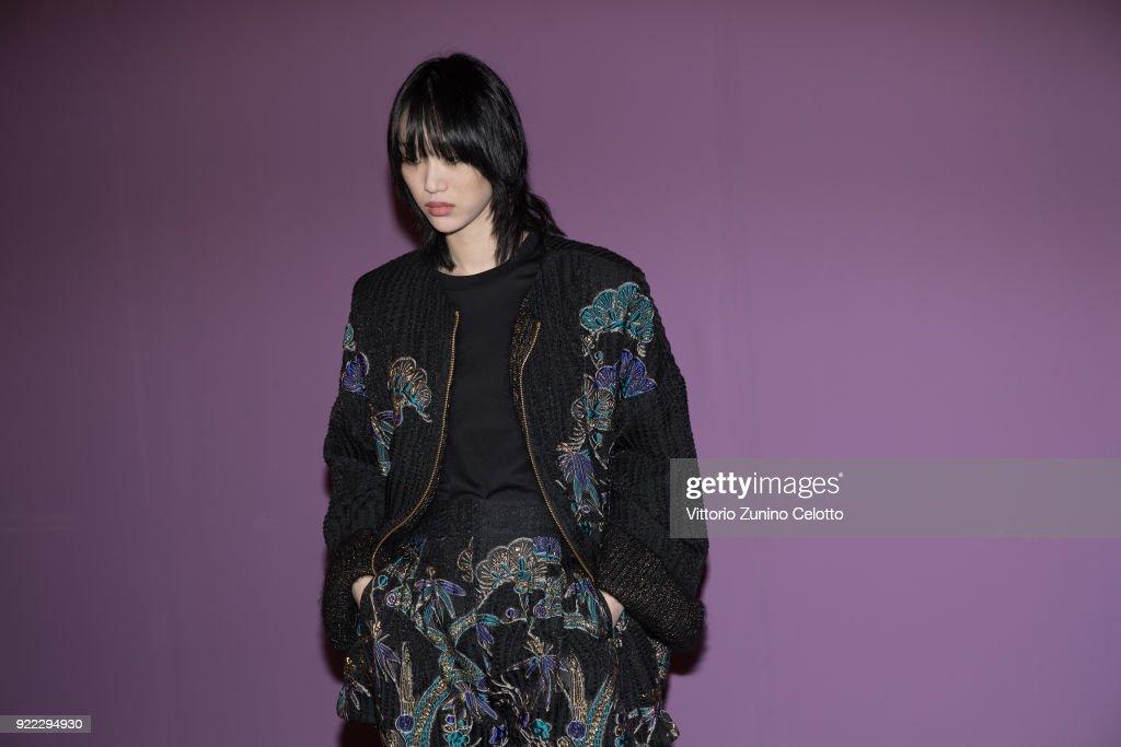 Alberta Ferretti - Backstage - Milan Fashion Week Fall/Winter 2018/19 : News Photo