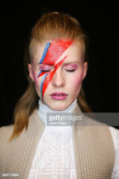 A model is seen backstage ahead of the Riani show during the MercedesBenz Fashion Week Berlin Autumn/Winter 2016 at Brandenburg Gate on January 19...