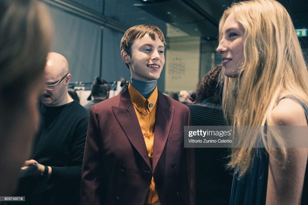 Salvatore Ferragamo - Backstage - Milan Fashion Week Fall/Winter 2018/19 : ニュース写真