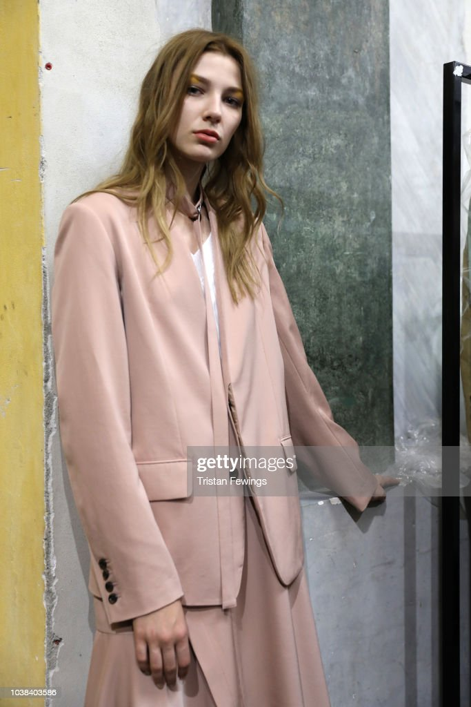 Ujoh - Backstage - Milan Fashion Week Spring/Summer 2019
