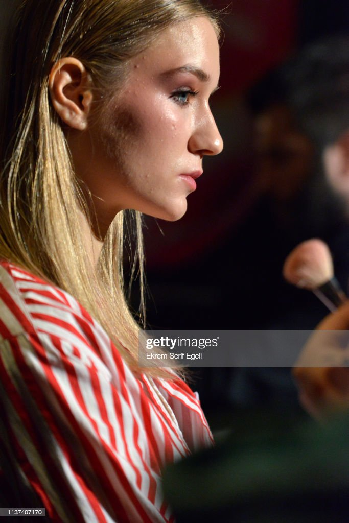 Ezra Tuba - Backstage - Mercedes-Benz Fashion Week Istanbul - March 2019 : News Photo