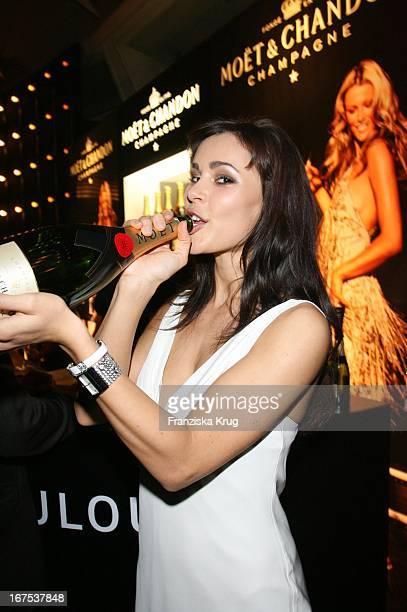 Model Isabelle Knispel Bei Der Verleihung Der New Faces Awards Im Bcc In Berlin Am 030407