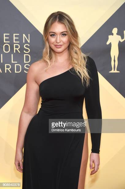 Model Iskra Lawrence attends the 24th Annual Screen Actors Guild Awards at The Shrine Auditorium on January 21 2018 in Los Angeles California...
