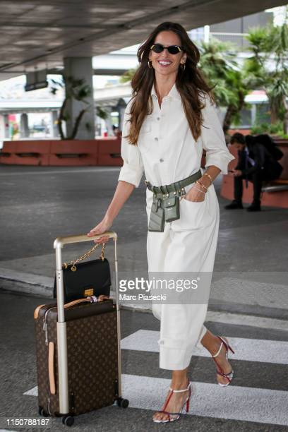 Model Izabel Goulart arrives ahead the 72nd annual Cannes Film Festival at Nice Airport on May 21, 2019 in Nice, France.