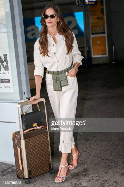 Model Izabel Goulart arrives ahead the 72nd annual Cannes Film Festival at Nice Airport on May 21 2019 in Nice France