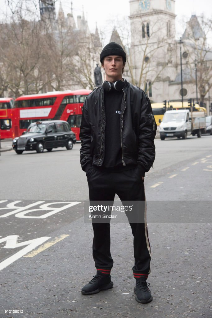 Street Style - Day 3 - LFW Men's January 2018 : News Photo
