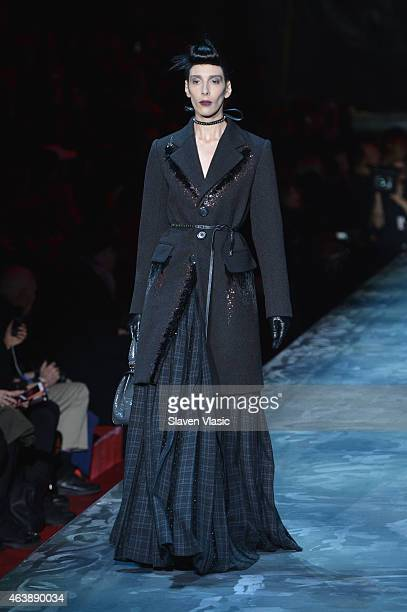Model Jamie Bochert walks the runway at Marc Jacobs fashion show during MercedesBenz Fashion Week Fall 2015 at Park Avenue Armory on February 19 2015...