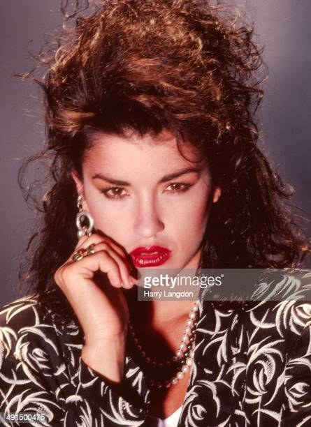 Model Janice Dickinson poses for a portrait session in 1986 in Los Angeles, California.