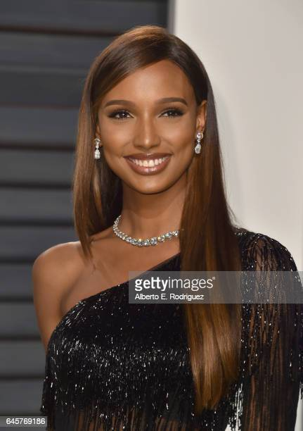 Model Jasmine Tookes attends the 2017 Vanity Fair Oscar Party hosted by Graydon Carter at Wallis Annenberg Center for the Performing Arts on February...