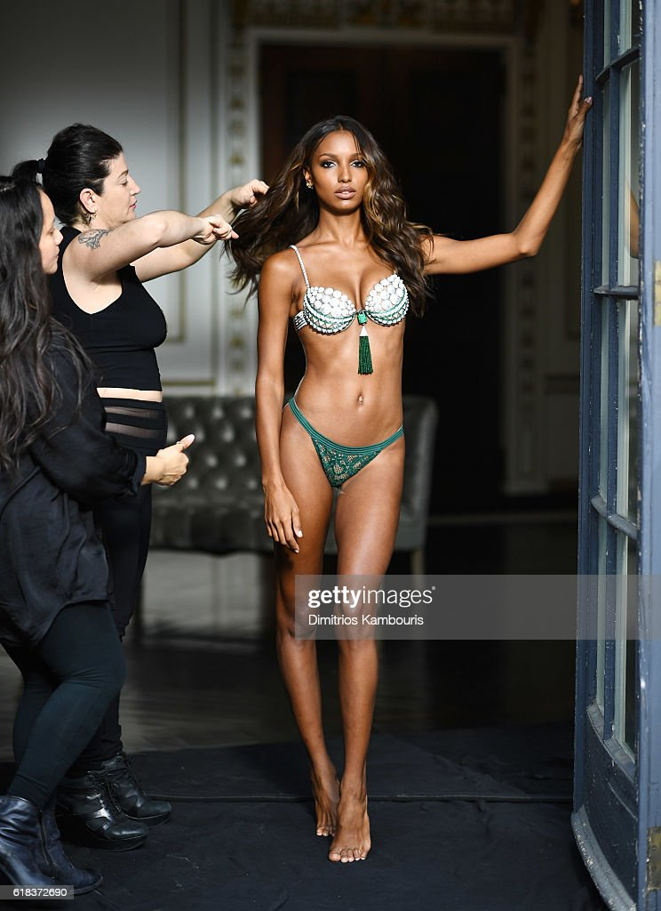 49f896a0cb Behind The Scenes of Victoria s Secret Angel Jasmine Tookes  3 Million 2016  Bright Night Fantasy Bra