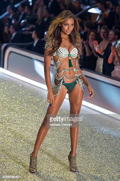 Model Jasmine Tookes walks the runway during the 2016 Victoria's Secret Fashion Show at Le Grand Palais in Paris on November 30 2016 in Paris France