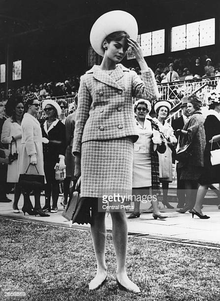 Model Jean Shrimpton at the races in Melbourne Australia