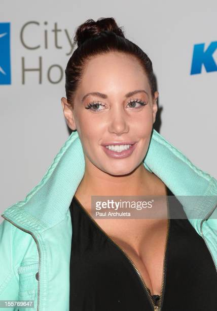 Model Jenna Bentley attends the City of Hope's Music and Entertainment Industry Group's 5th annual comedy roast at The House of Blues Sunset Strip on...