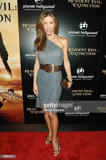 Model Jennifer Flavin arrives at The World Premiere of Resident Evil Extinction at THe Planet Hollywood Resort Casino on September 20 2007 in Las...