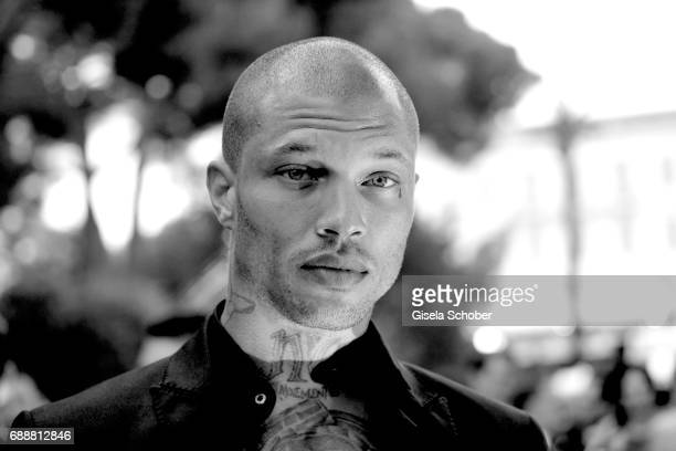 Model Jeremy Meeks arrives at the amfAR Gala Cannes 2017 at Hotel du Cap-Eden-Roc on May 25, 2017 in Cap d'Antibes, France.