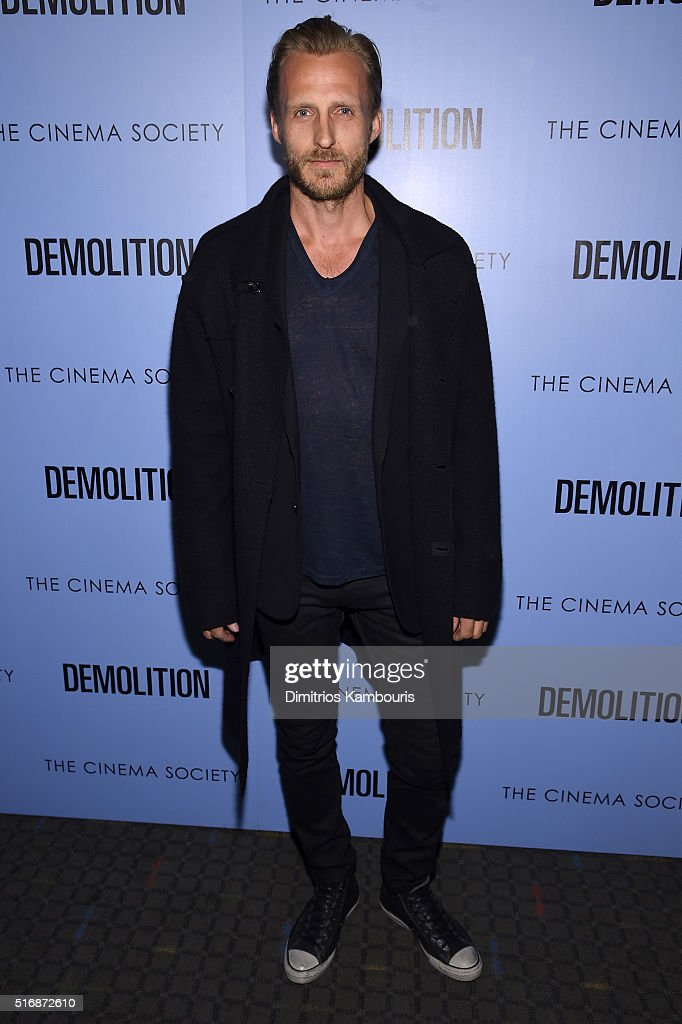 """Fox Searchlight Pictures With The Cinema Society Host A Screening Of """"Demolition"""" - Arrivals : News Photo"""
