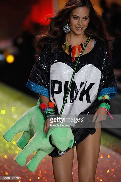 Model Jessica Clarke walks the runway during the 2011 Victoria's Secret Fashion Show at the Lexington Avenue Armory on November 9 2011 in New York...