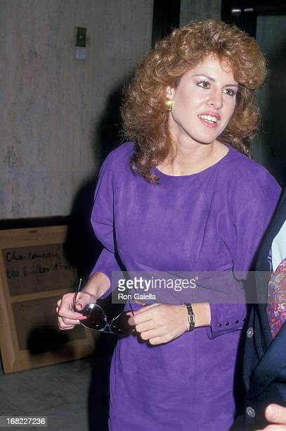 Model Jessica Hahn visits The Howard Stern Show on September 29 1987 at WXRK KRock 923 Radio Stadion in New York City