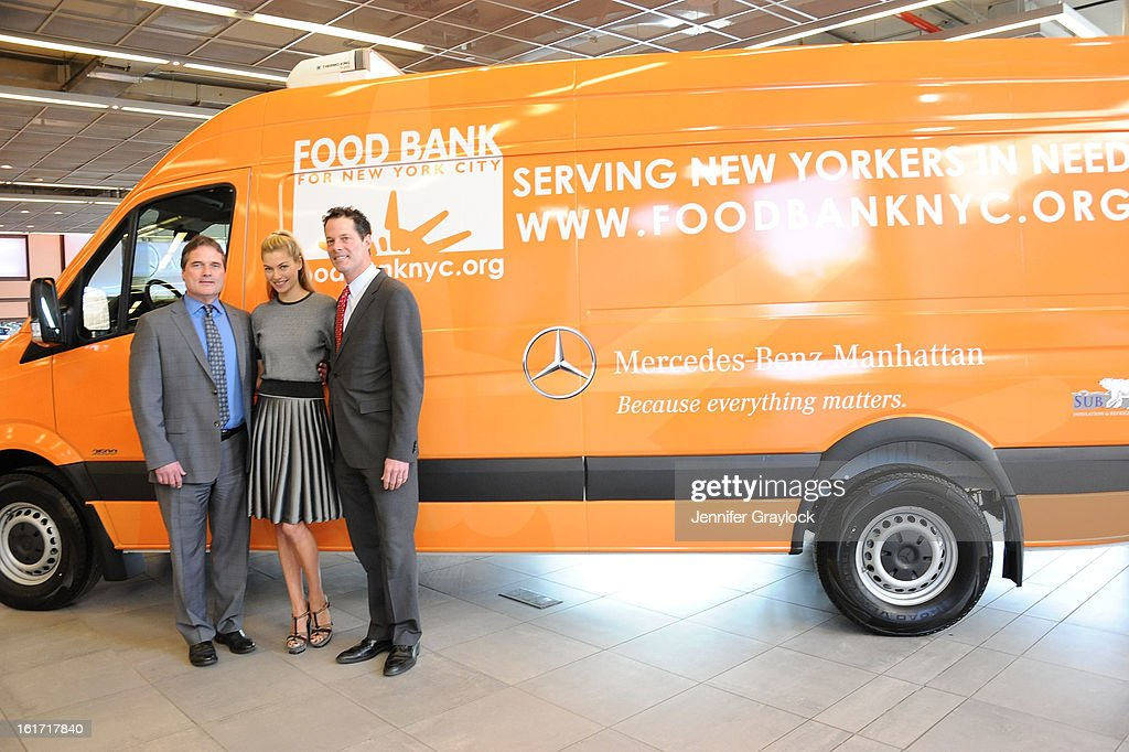 Model Jessica Hart General Sales Manager MercedesBenz Manhattan Tom Shanley  And General Manager MercedesBenz Manhattan Blair