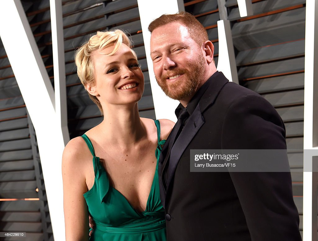 Model Jessica Roffey (L) and producer Ryan Kavanaugh attend the 2015 Vanity Fair Oscar Party hosted by Graydon Carter at the Wallis Annenberg Center for the Performing Arts on February 22, 2015 in Beverly Hills, California.