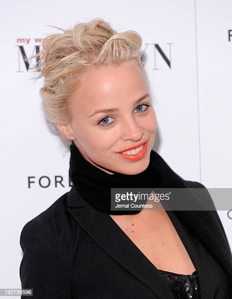 Model Jessica Roffey poses for a photo at the My Week With Marilyn New York premiere at The Paris Theatre on November 13 2011 in New York City