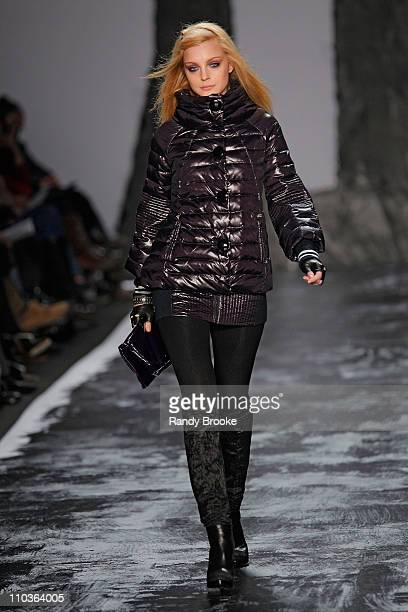 Model Jessica Stam walks the runway at Miss Sixty during MercedesBenz Fashion Week Fall 2009 at The Tent in Bryant Park on February 15 2009 in New...