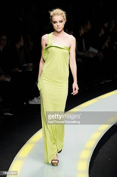 Model Jessica Stam walks the runway wearing Versace at the Fall/Winter 2008/2009 collection during Milan Fashion Week on February 21 2008 in Milan...