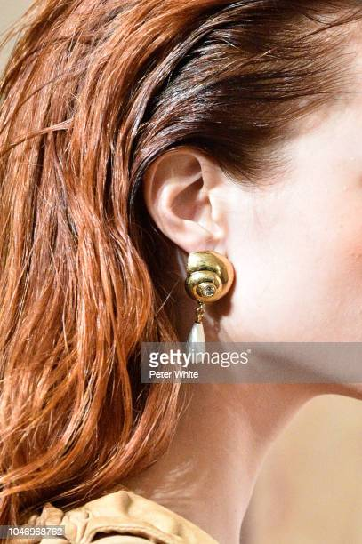 A model jewelry detail walks the runway during the Altuzarra show as part of the Paris Fashion Week Womenswear Spring/Summer 2019 on September 29...