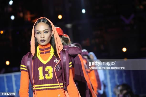 Model Joan Smalls walks the runway during the FENTY PUMA by Rihanna as part of the Paris Fashion Week Womenswear Fall/Winter 2017/2018 on March 6...